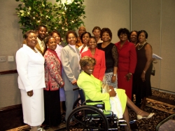 Betty McElroy Maull (sitting) and Classmates June 24, 2007